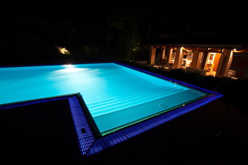 retro illuminazione della griglia a sfioro con stripe LED Ip68 in pezzo unico